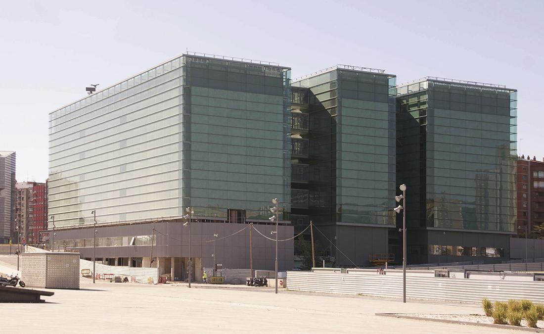 Nuevo centro de Especialidades Médicas Intermodal y las Sedes de la Gerencia del 091 y Gerencia del sector III. ZARAGOZA